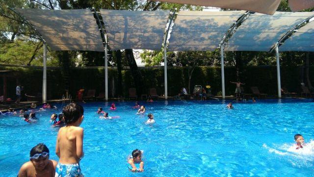 kolam renang siliwangi