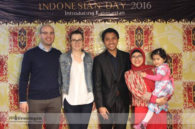 Indonesian Day photo booth (Dinner session). with Lorenzo and Aura