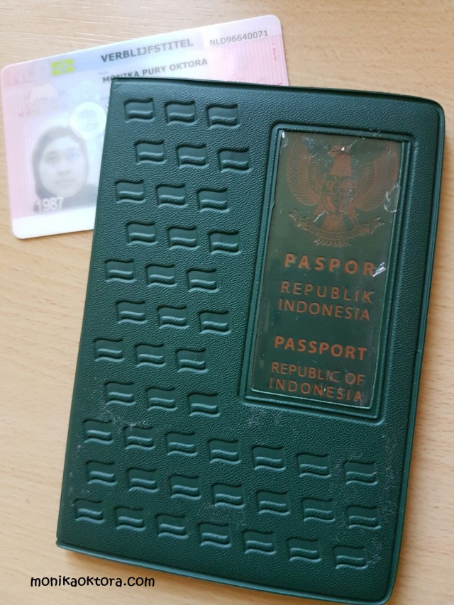Paspor dan verblijf (Resident Permit)